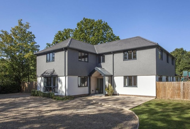 Baumit MosaikTop gives standalone property a standout look